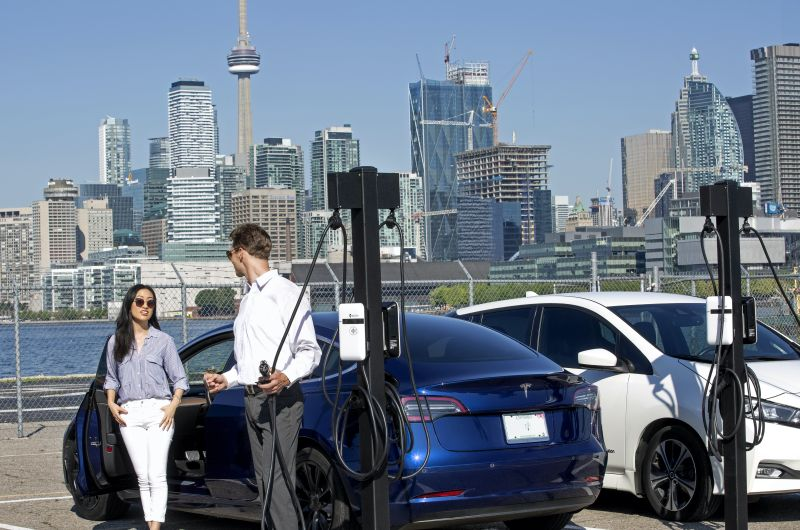 SWTCH Energy Inc. Raises $1.1 Million to Bring Smart Electric Vehicle Charging and Energy Management to Cities Across North America